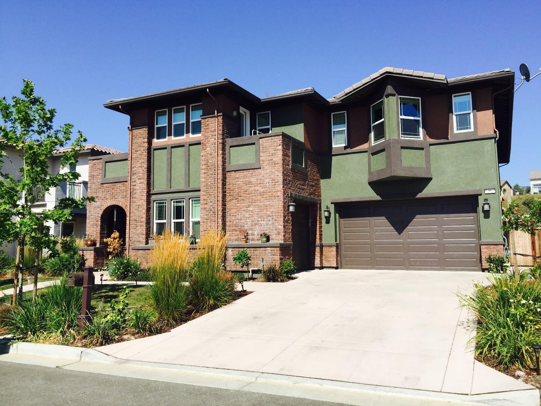 Частный односемейный дом для того Продажа на 36 Adair Way Hayward, Калифорния 94542 Соединенные Штаты