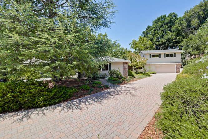 Casa Unifamiliar por un Venta en 10541 FLORENCE Drive Cupertino, California 95014 Estados Unidos