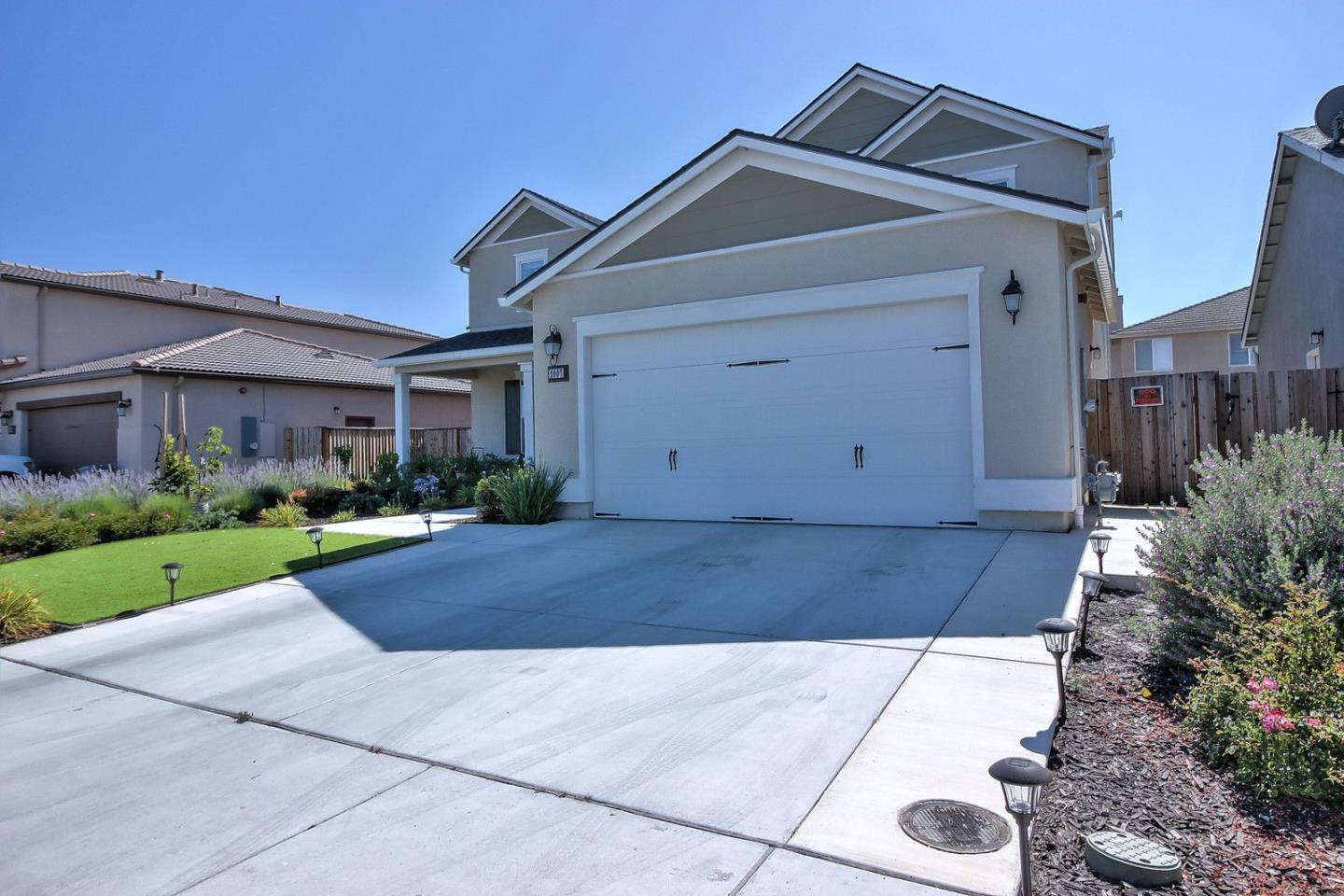 Additional photo for property listing at 2007 Bridlewood Street  Hollister, Kalifornien 95023 Vereinigte Staaten