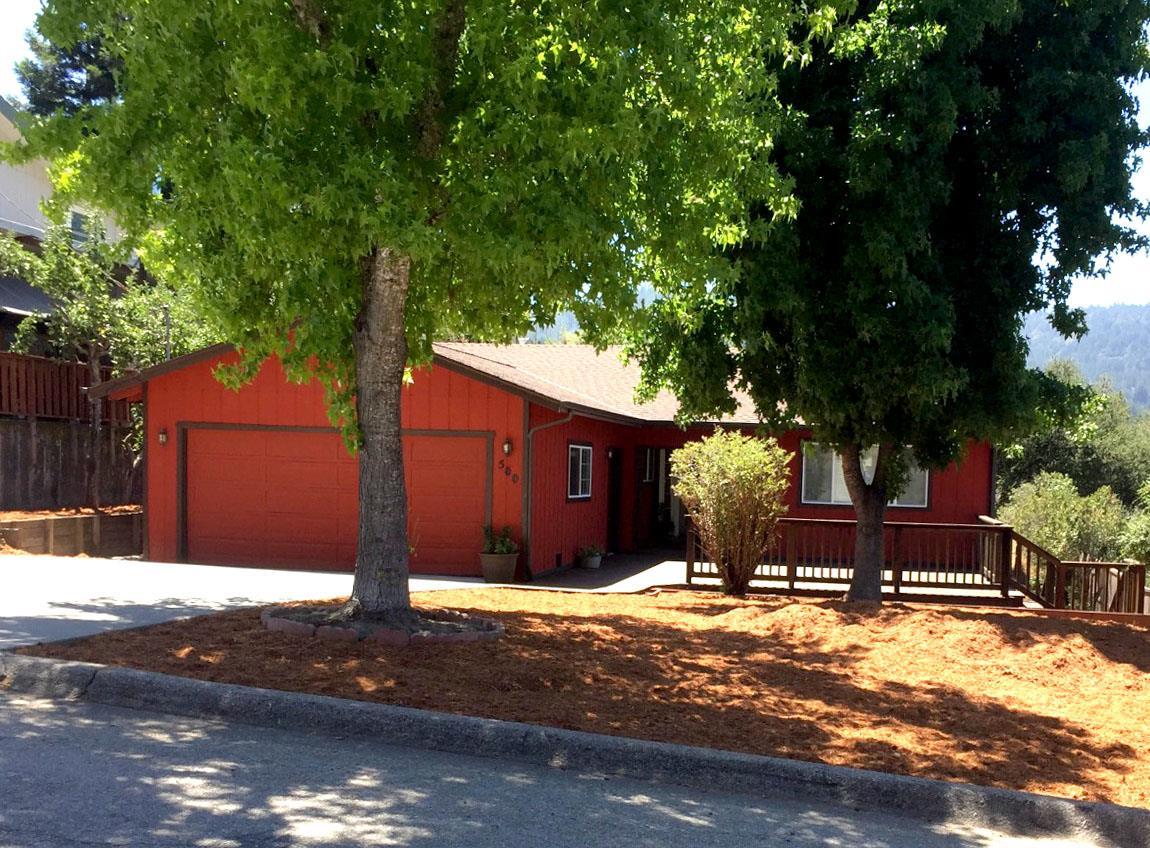واحد منزل الأسرة للـ Sale في 500 Marion Avenue Ben Lomond, California 95005 United States