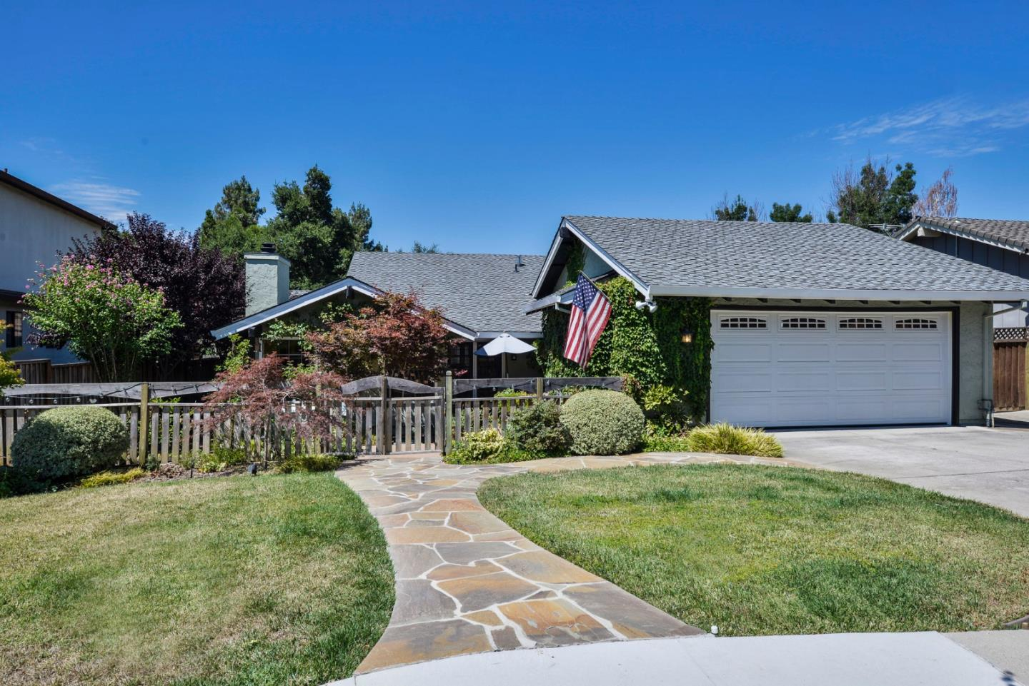 Additional photo for property listing at 369 Valley View Avenue  San Jose, Kalifornien 95127 Vereinigte Staaten