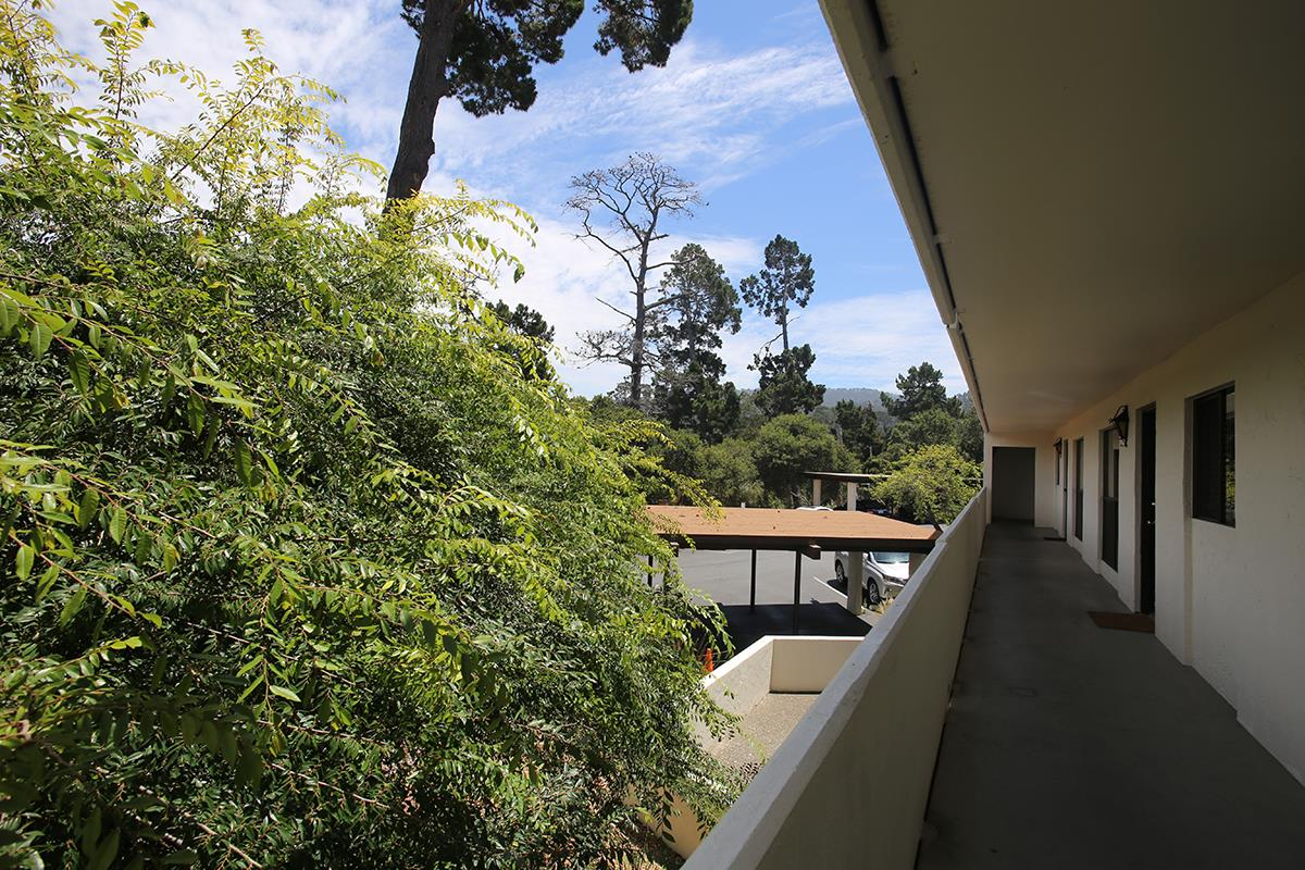 Additional photo for property listing at 500 Glenwood Circle  Monterey, California 93940 Estados Unidos