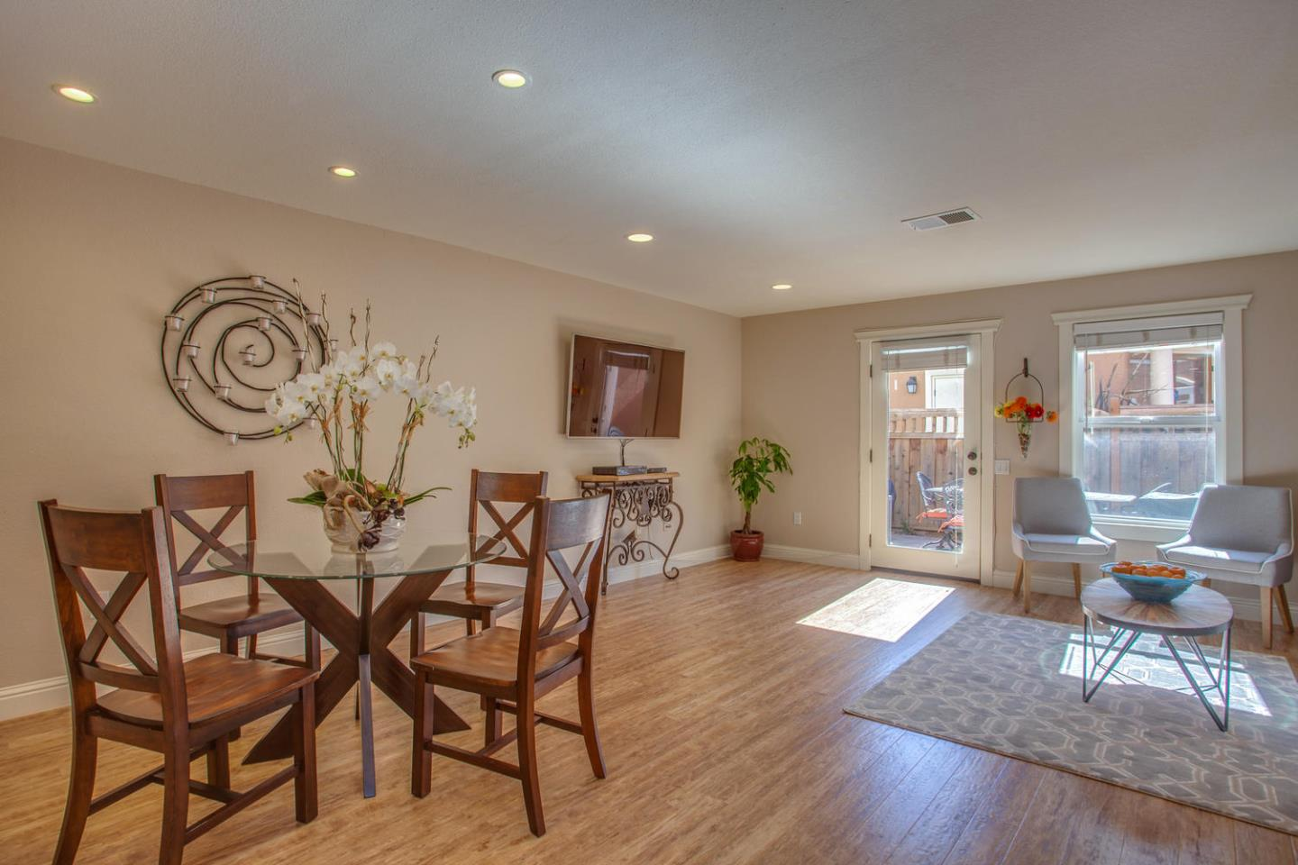 Additional photo for property listing at 865 Carlisle Way  Sunnyvale, カリフォルニア 94087 アメリカ合衆国