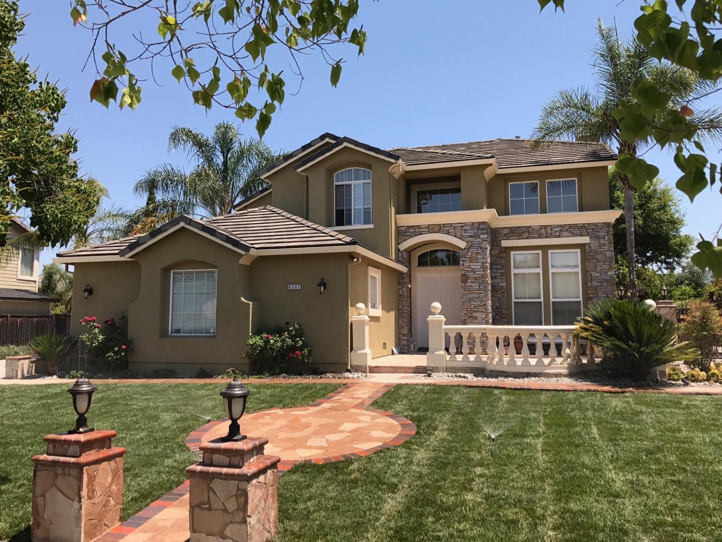 واحد منزل الأسرة للـ Sale في 4567 Terra Place San Jose, California 95121 United States