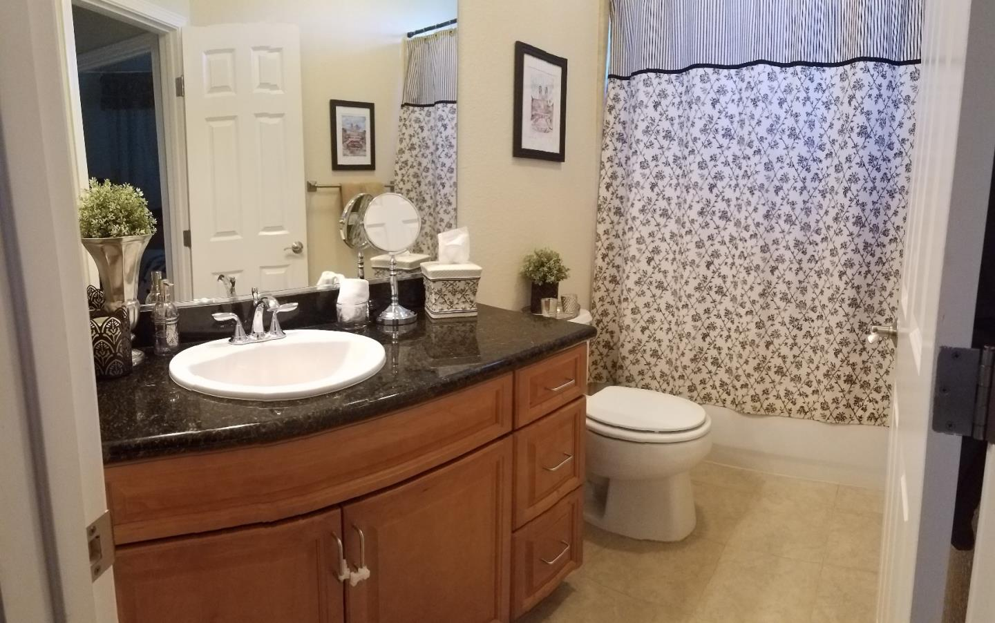 Additional photo for property listing at 2719 Corde Terra Circle  San Jose, Californie 95111 États-Unis