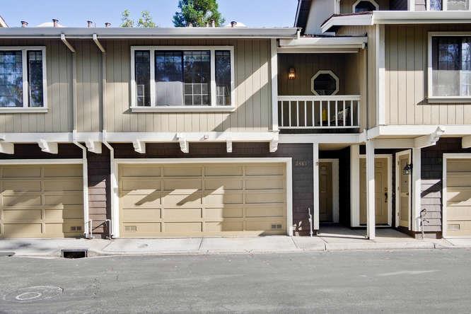 多棟聯建住宅 為 出售 在 2481 Rebecca Lynn Way Santa Clara, 加利福尼亞州 95050 美國