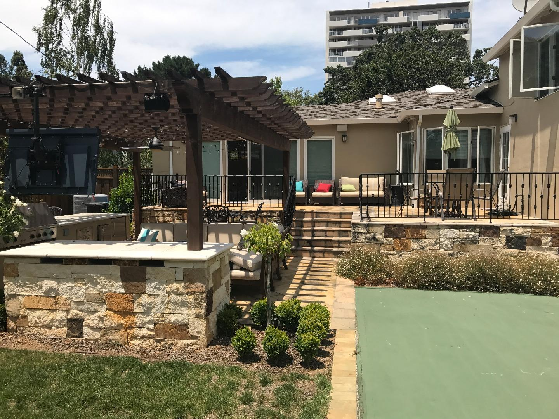 Частный односемейный дом для того Аренда на 511 Carmel Circle San Mateo, Калифорния 94402 Соединенные Штаты