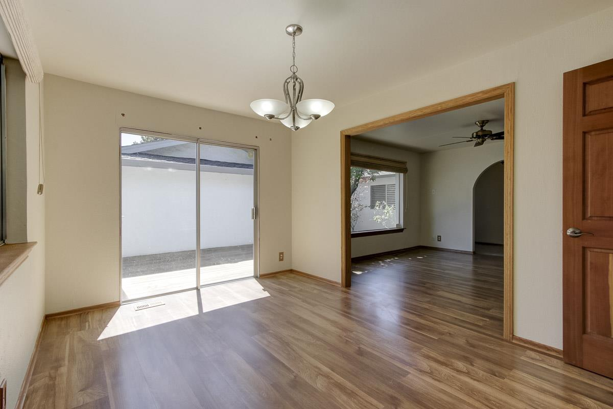 Additional photo for property listing at 1349 Thunderbird Avenue  Sunnyvale, 加利福尼亞州 94087 美國