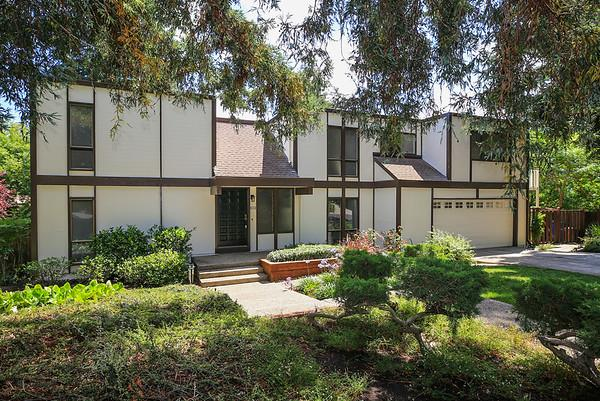 Maison unifamiliale pour l Vente à 813 Allardice Way 813 Allardice Way Stanford, Californie 94305 États-Unis