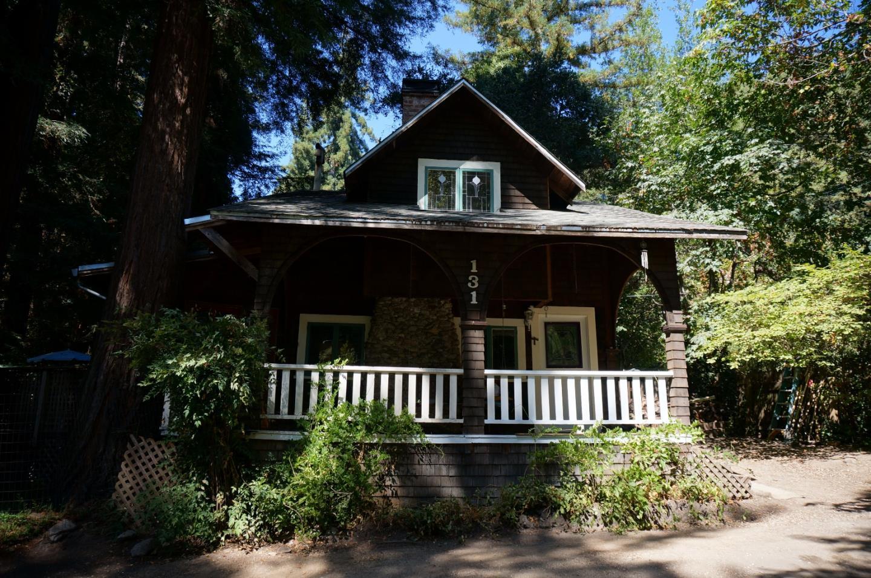獨棟家庭住宅 為 出售 在 131 Hazel Street Brookdale, 加利福尼亞州 95007 美國