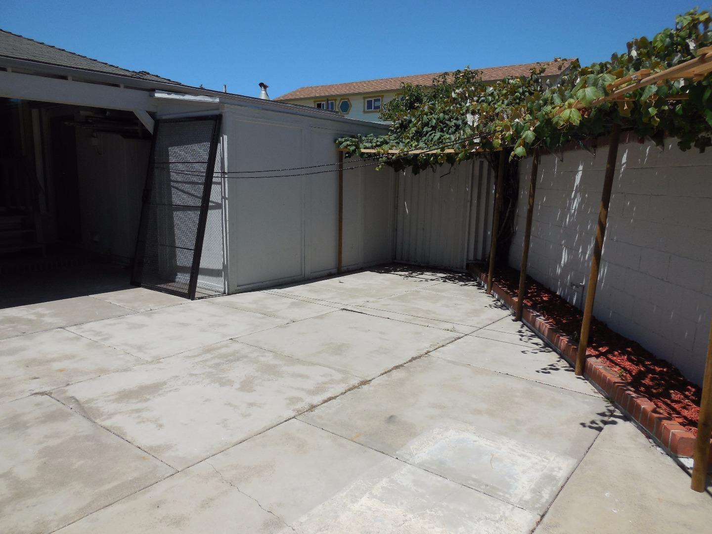 Additional photo for property listing at 1441 Broadway Avenue 1441 Broadway Avenue San Pablo, California 94806 United States