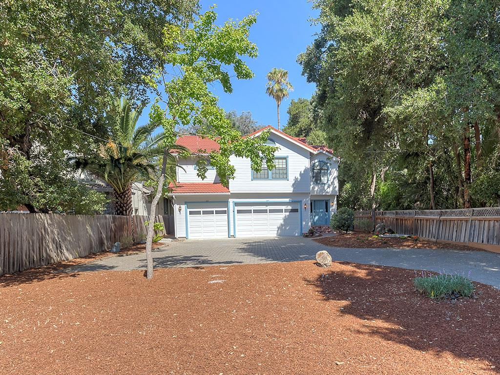 Single Family Home for Sale at 216 Finger Avenue Redwood City, California 94062 United States