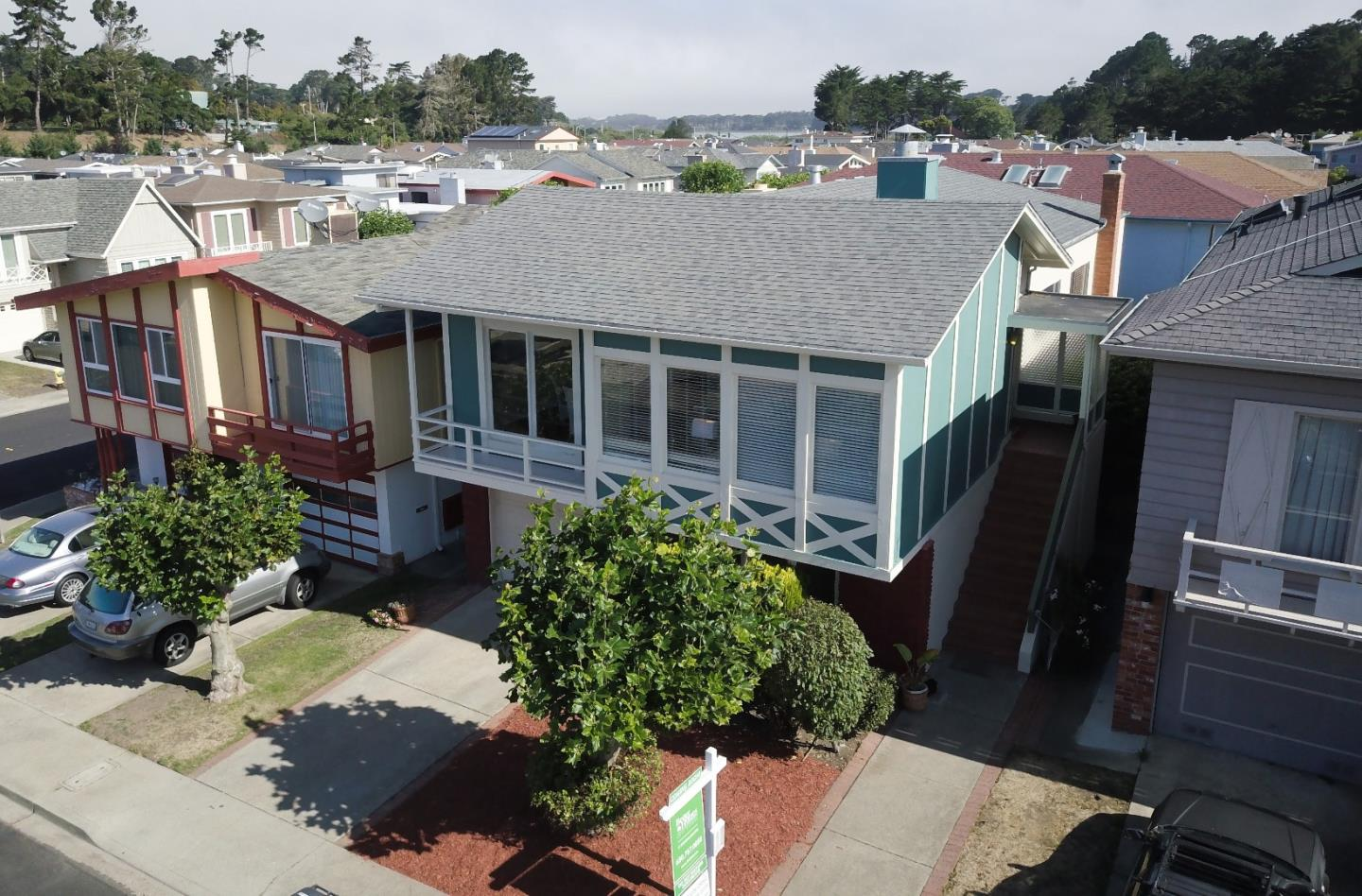 Maison unifamiliale pour l Vente à 30 Parkside Avenue Daly City, Californie 94015 États-Unis