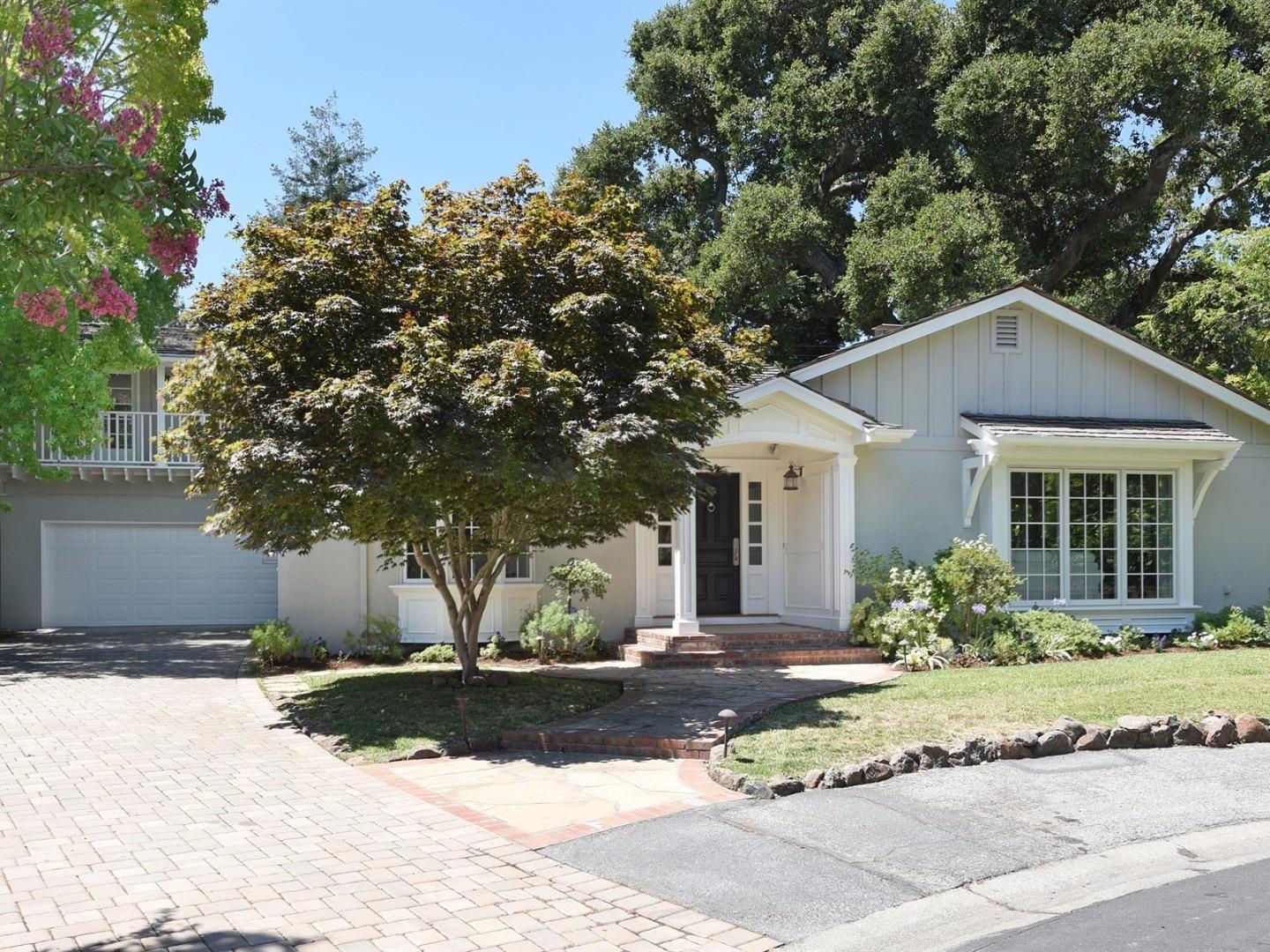 Single Family Home for Sale at 5 Bolton Place Menlo Park, California 94025 United States