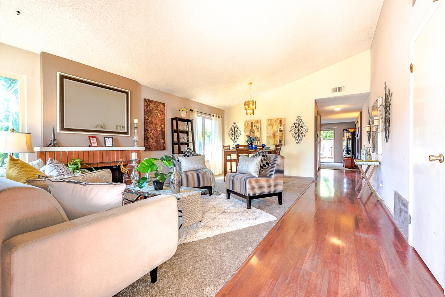 Additional photo for property listing at 32801 Orick Street  Union City, California 94587 United States