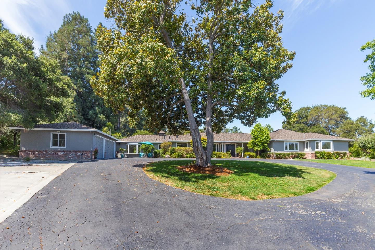 Single Family Home for Sale at 2190 Ward Way Woodside, California 94062 United States