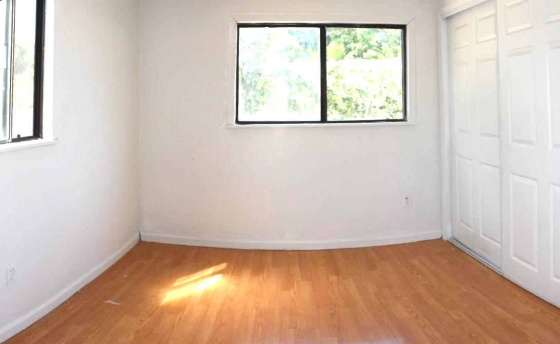 Additional photo for property listing at 158 El Bosque Street  San Jose, California 95134 United States