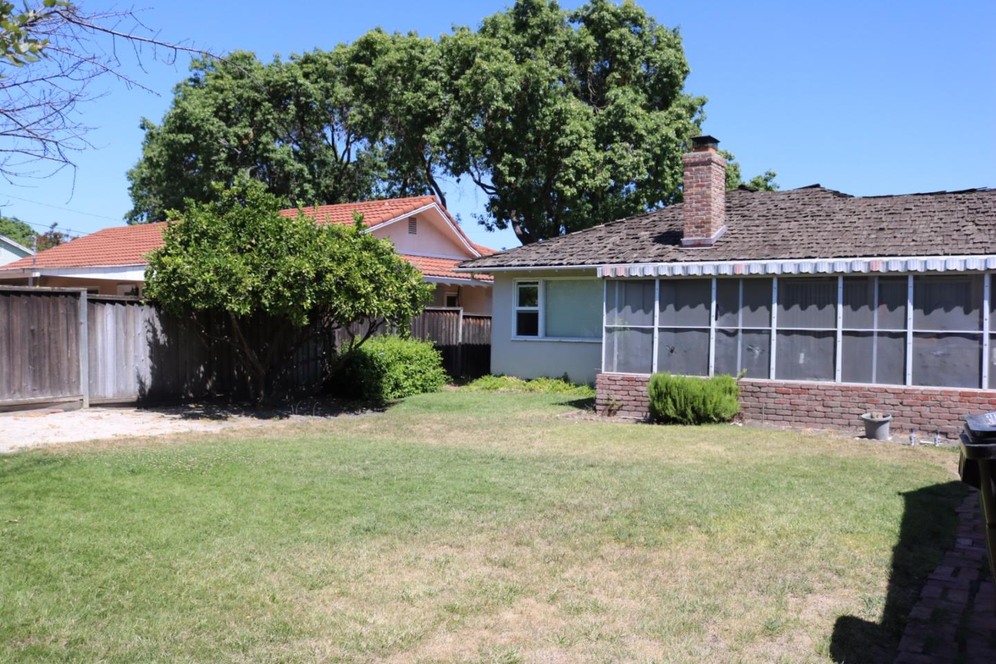 Additional photo for property listing at 2356 Harrison Street  Santa Clara, Californie 95050 États-Unis