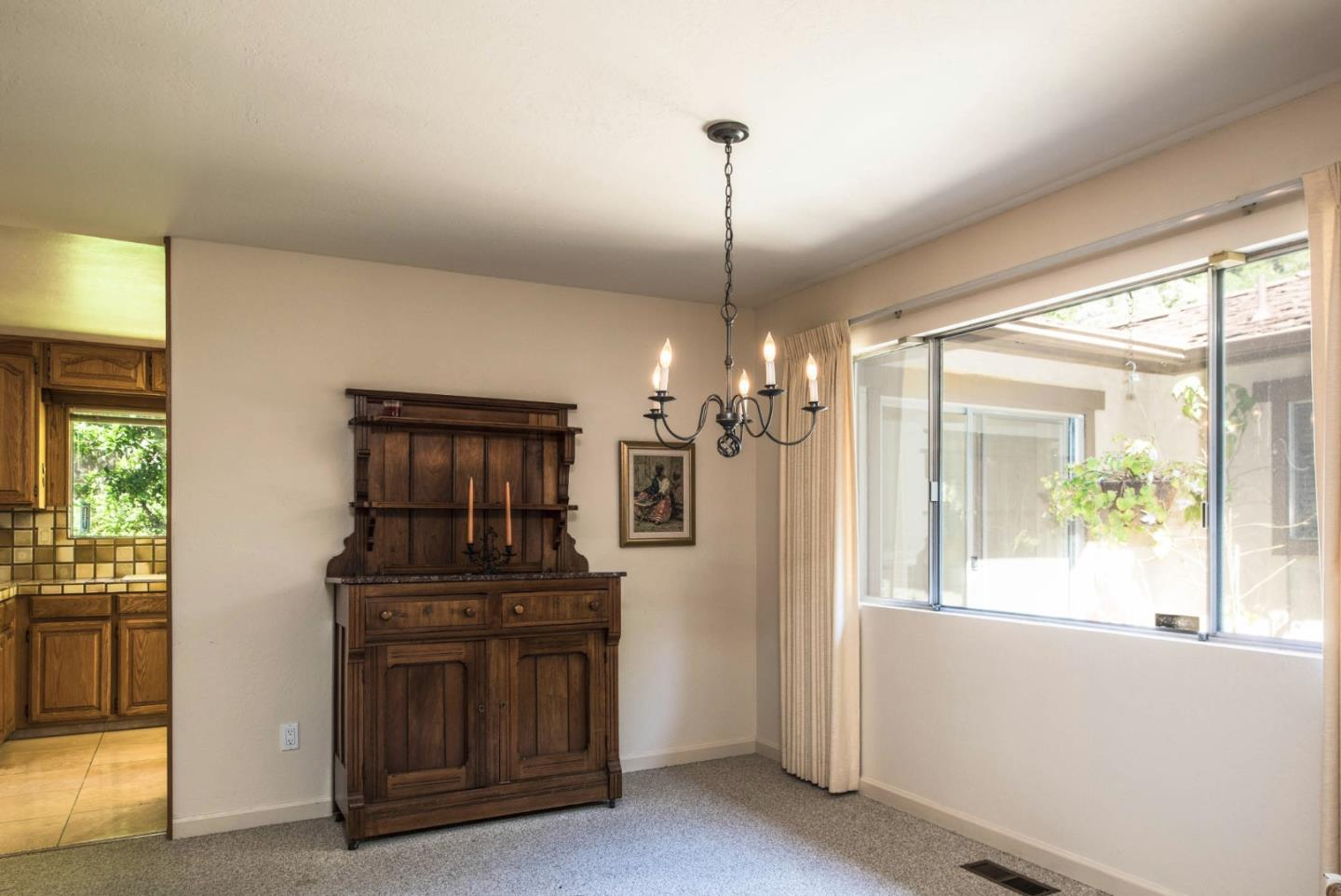 Additional photo for property listing at 2 Forest Rise Place  Monterey, California 93940 United States