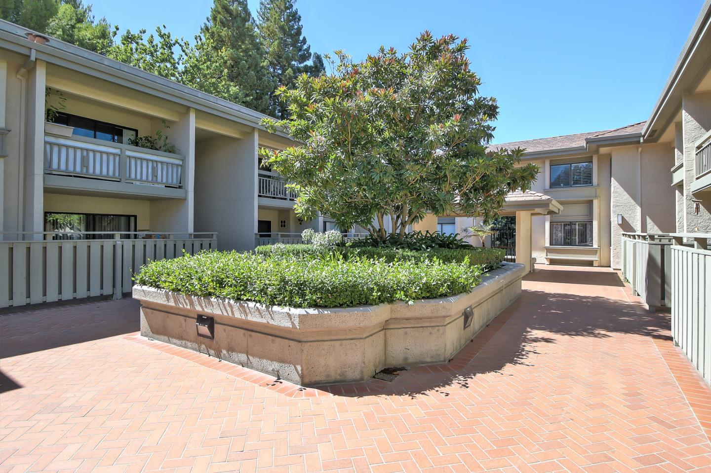 Additional photo for property listing at 3705 Terstena Place  Santa Clara, Californie 95051 États-Unis