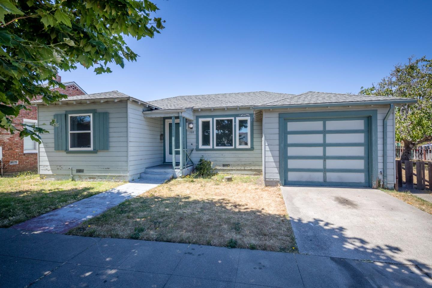 Additional photo for property listing at 122 Euclid Avenue  San Bruno, Californie 94066 États-Unis