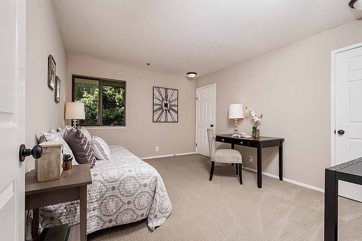 Additional photo for property listing at 1115 CONTINENTALS Way  Belmont, California 94002 United States