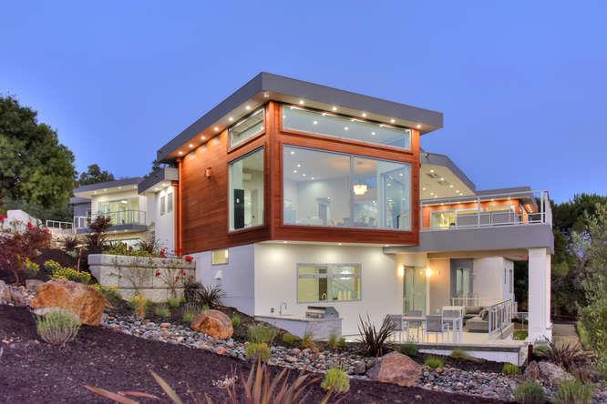 Maison unifamiliale pour l Vente à 12830 Deer Creek Lane Los Altos Hills, Californie 94022 États-Unis
