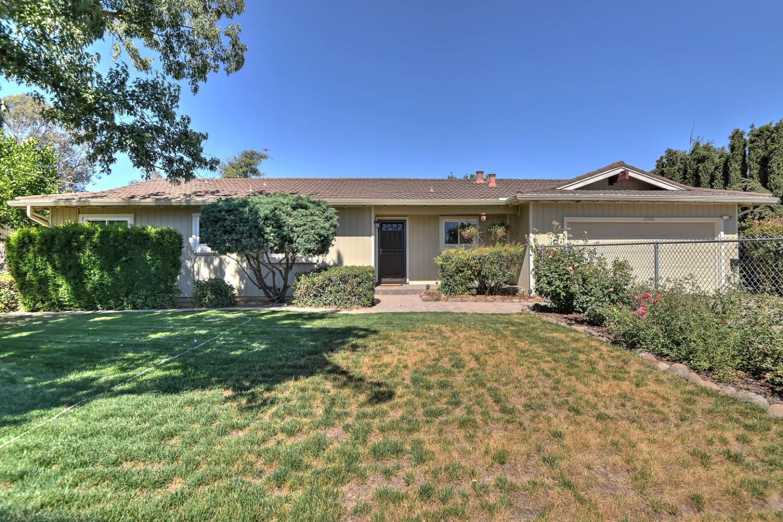12540 Center Avenue, SAN MARTIN, CA 95046