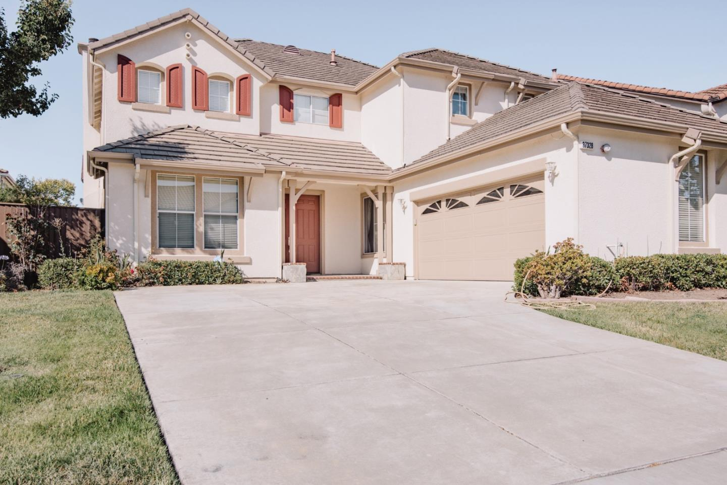 Single Family Home for Sale at 37328 Wedgewood Street 37328 Wedgewood Street Newark, California 94560 United States