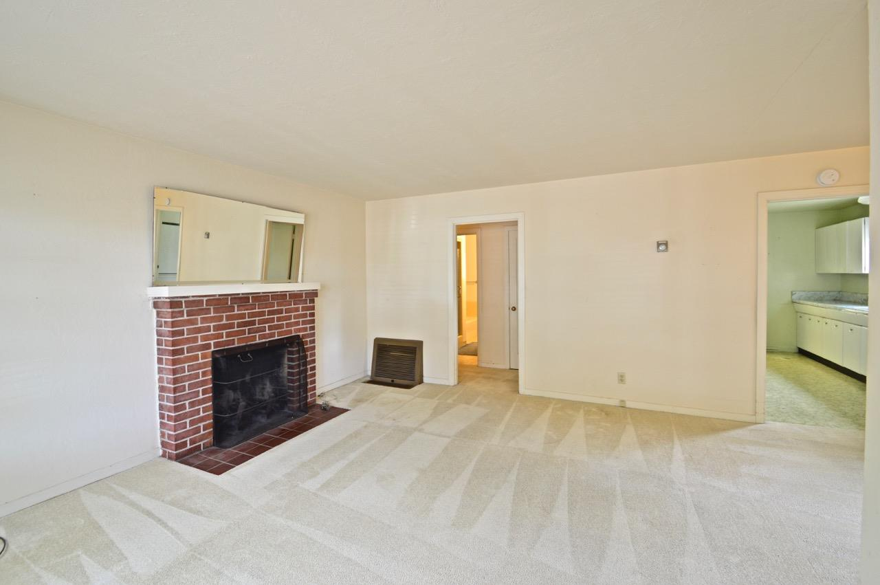 Additional photo for property listing at 226 San Miguel Avenue  Salinas, カリフォルニア 93901 アメリカ合衆国