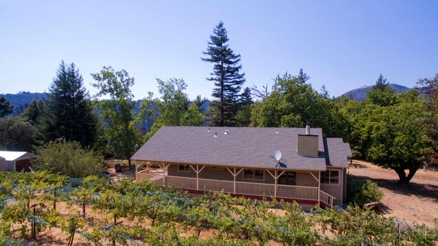 Additional photo for property listing at 30000 Loma Chiquita Road  Los Gatos, Kalifornien 95033 Vereinigte Staaten