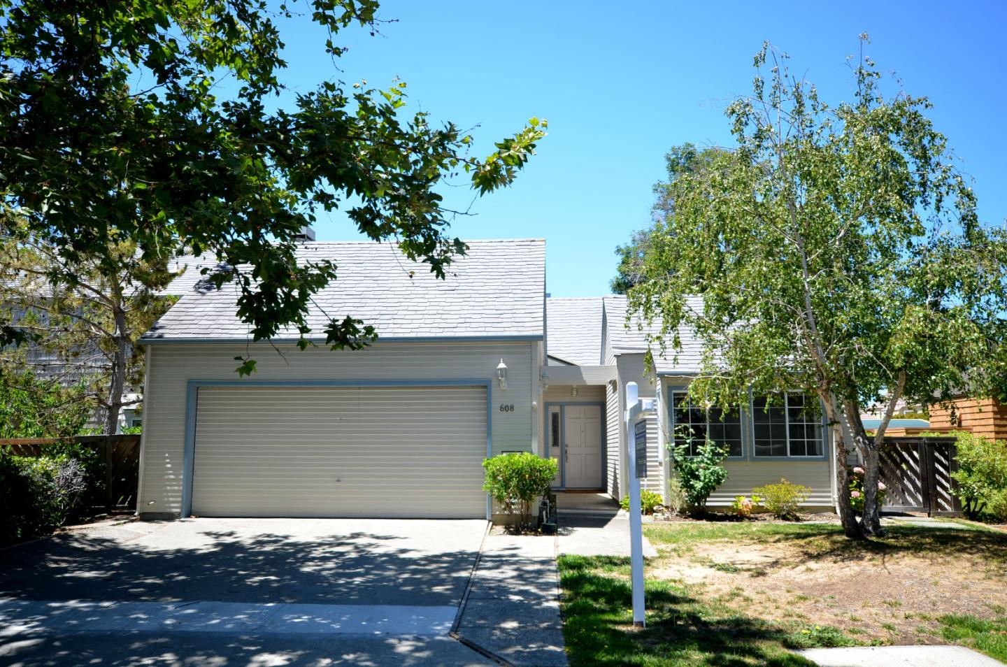 608 Gloucester Lane, FOSTER CITY, CA 94404