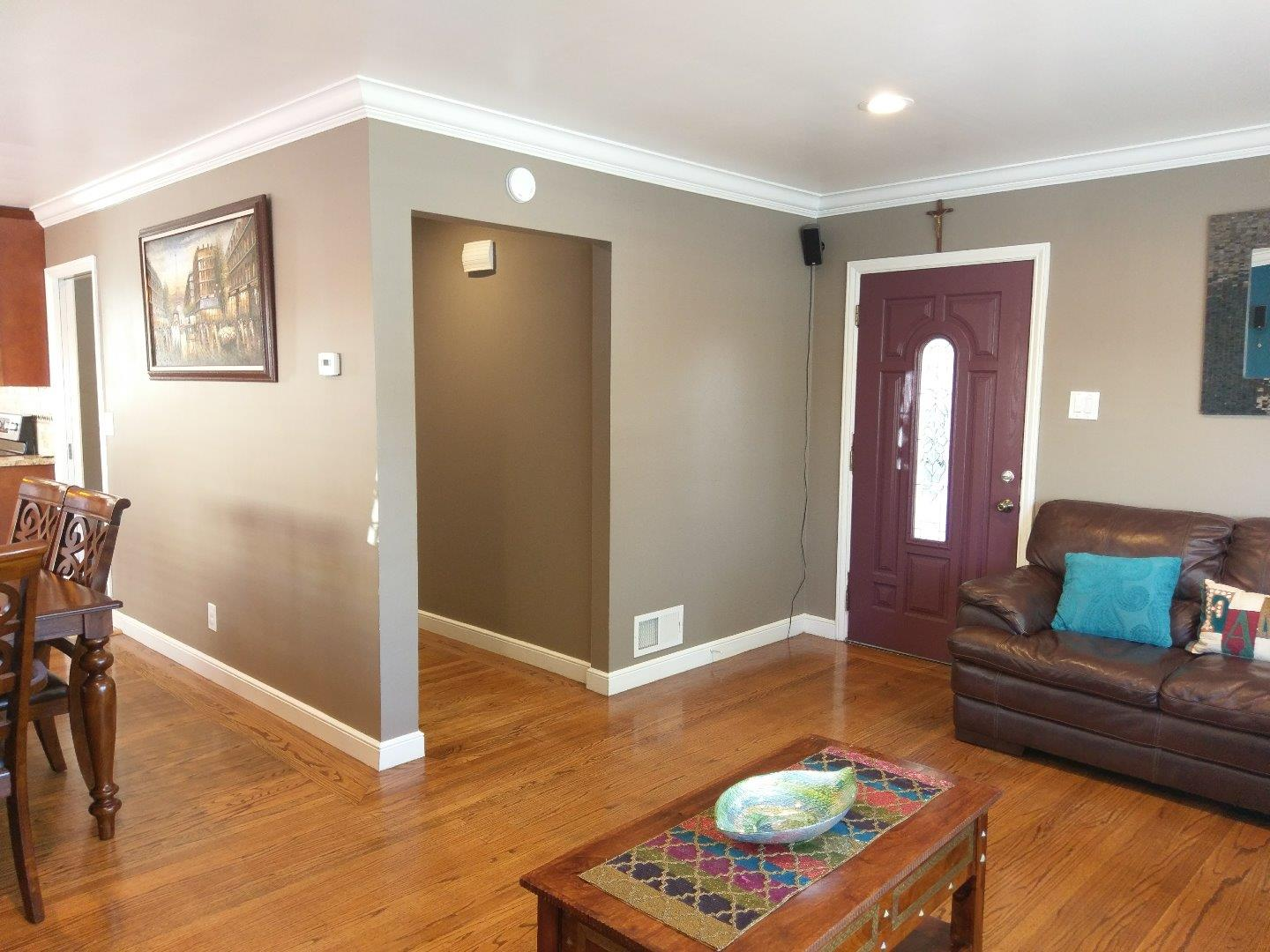Additional photo for property listing at 270 Milton Avenue  San Bruno, カリフォルニア 94066 アメリカ合衆国