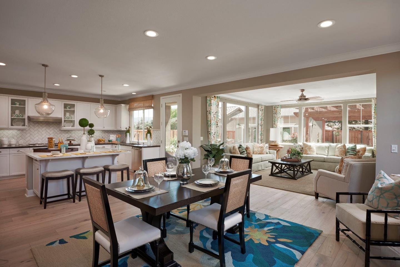 Eigentumswohnung für Verkauf beim 137 Banano Lane 137 Banano Lane Morgan Hill, Kalifornien 95037 Vereinigte Staaten