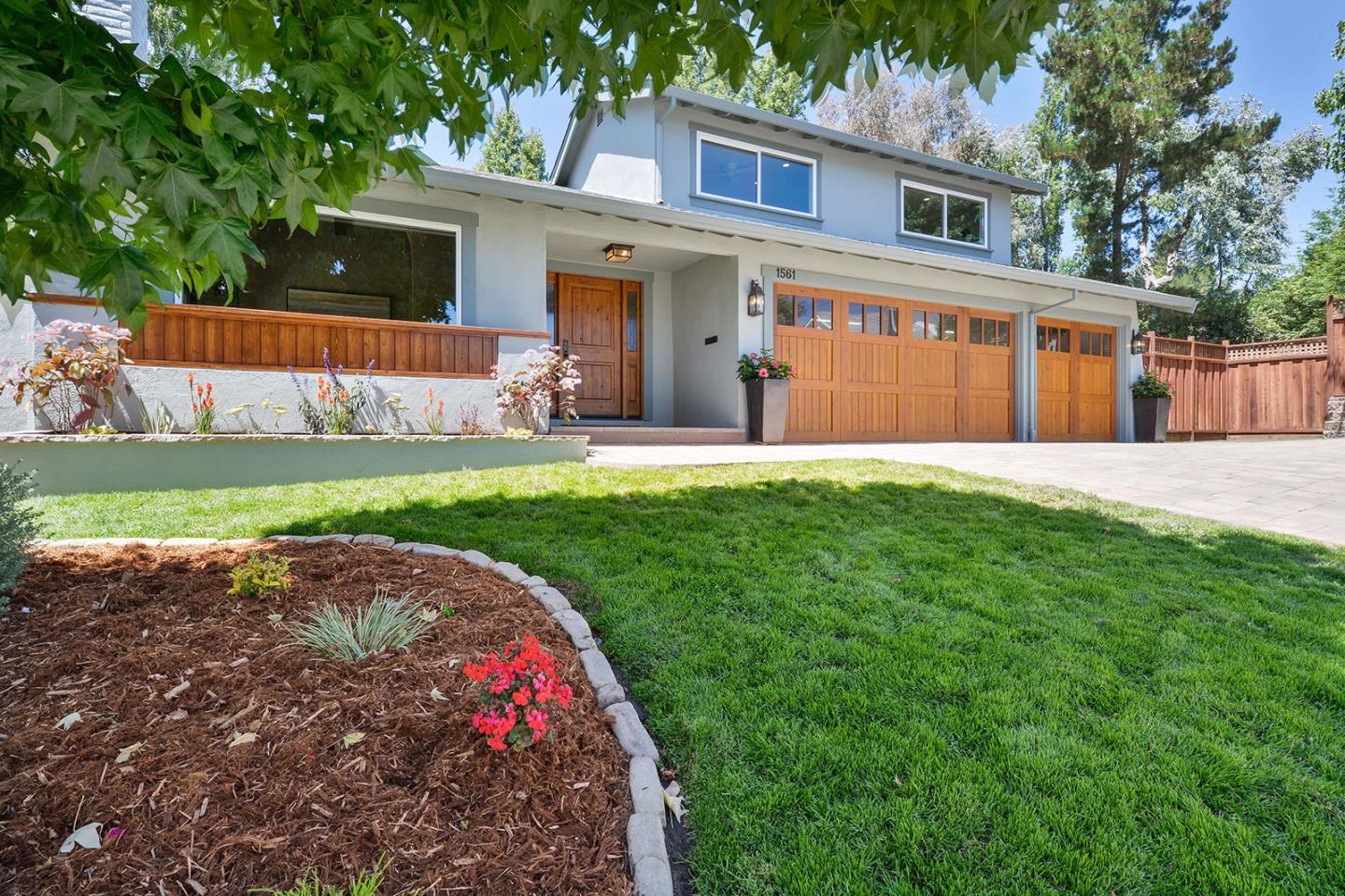 Additional photo for property listing at 1561 Cherrywood Drive  San Mateo, Kalifornien 94403 Vereinigte Staaten