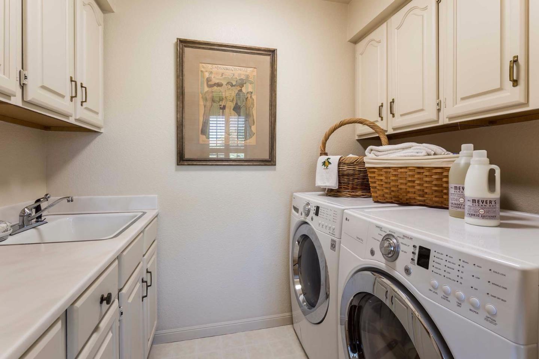Additional photo for property listing at 43 Biltmore Lane  Menlo Park, Californie 94025 États-Unis