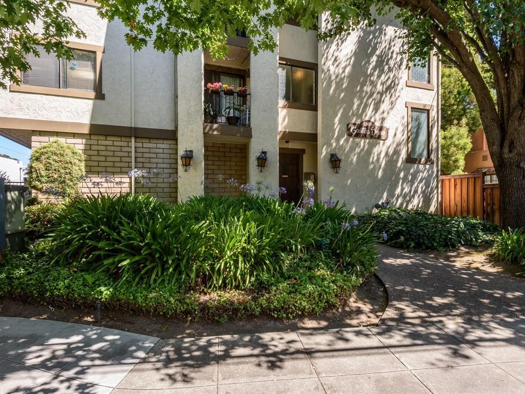 Appartement en copropriété pour l Vente à 1209 Oak Grove Avenue Burlingame, Californie 94010 États-Unis