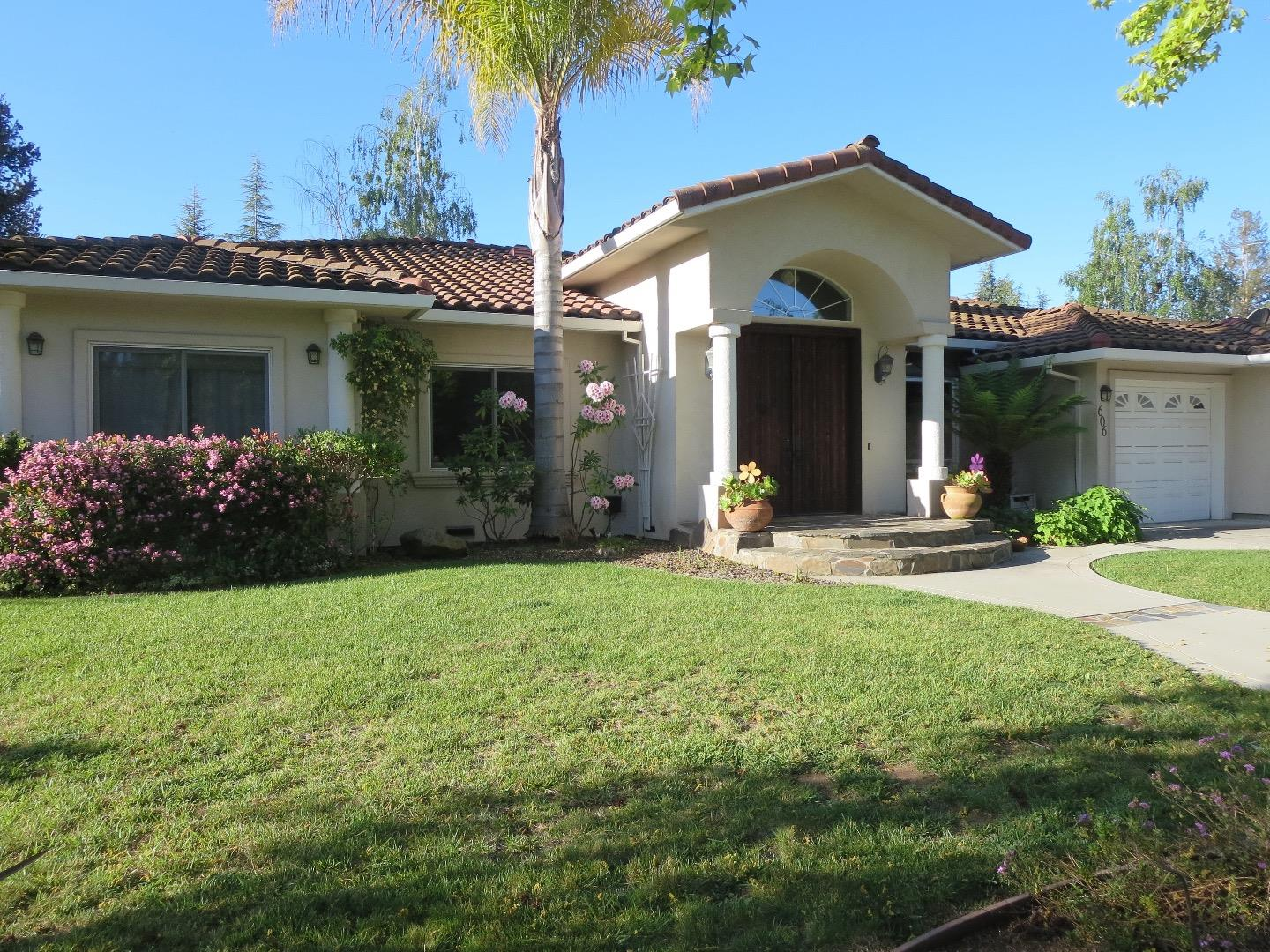 Single Family Home for Rent at 606 Benvenue Los Altos, California 94024 United States