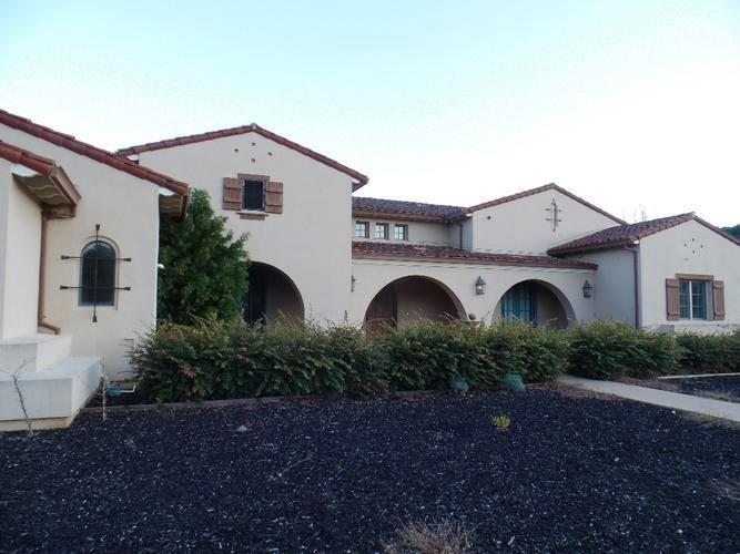 Частный односемейный дом для того Продажа на 1240 Lions Peak Lane San Martin, Калифорния 95046 Соединенные Штаты