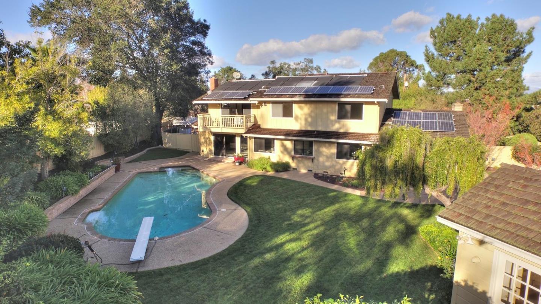Casa Unifamiliar por un Venta en 13001 Saratoga Sunnyvale Road Saratoga, California 95070 Estados Unidos