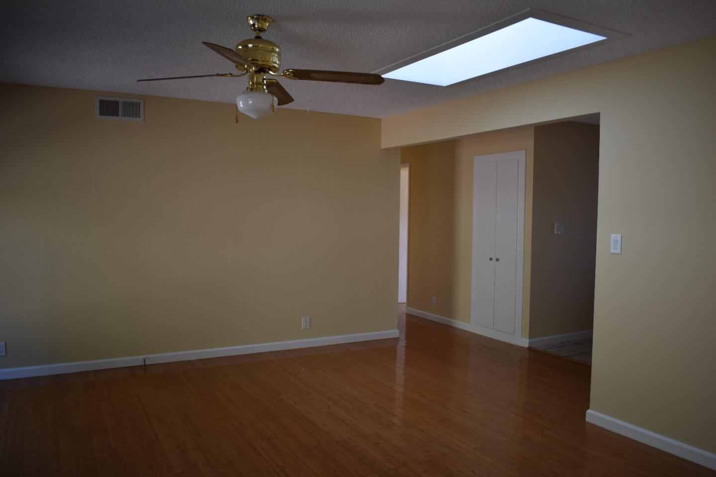 Additional photo for property listing at 1550 Kildare Way  Pinole, California 94564 United States