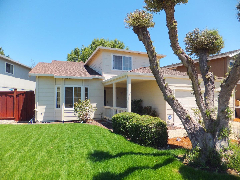 Частный односемейный дом для того Продажа на 15150 Venetian Way Morgan Hill, Калифорния 95037 Соединенные Штаты
