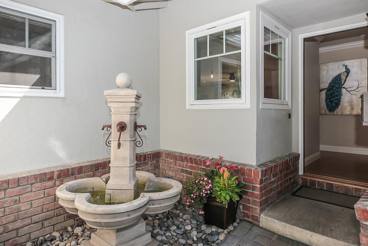Additional photo for property listing at 1666 Creek Drive  San Jose, カリフォルニア 95125 アメリカ合衆国