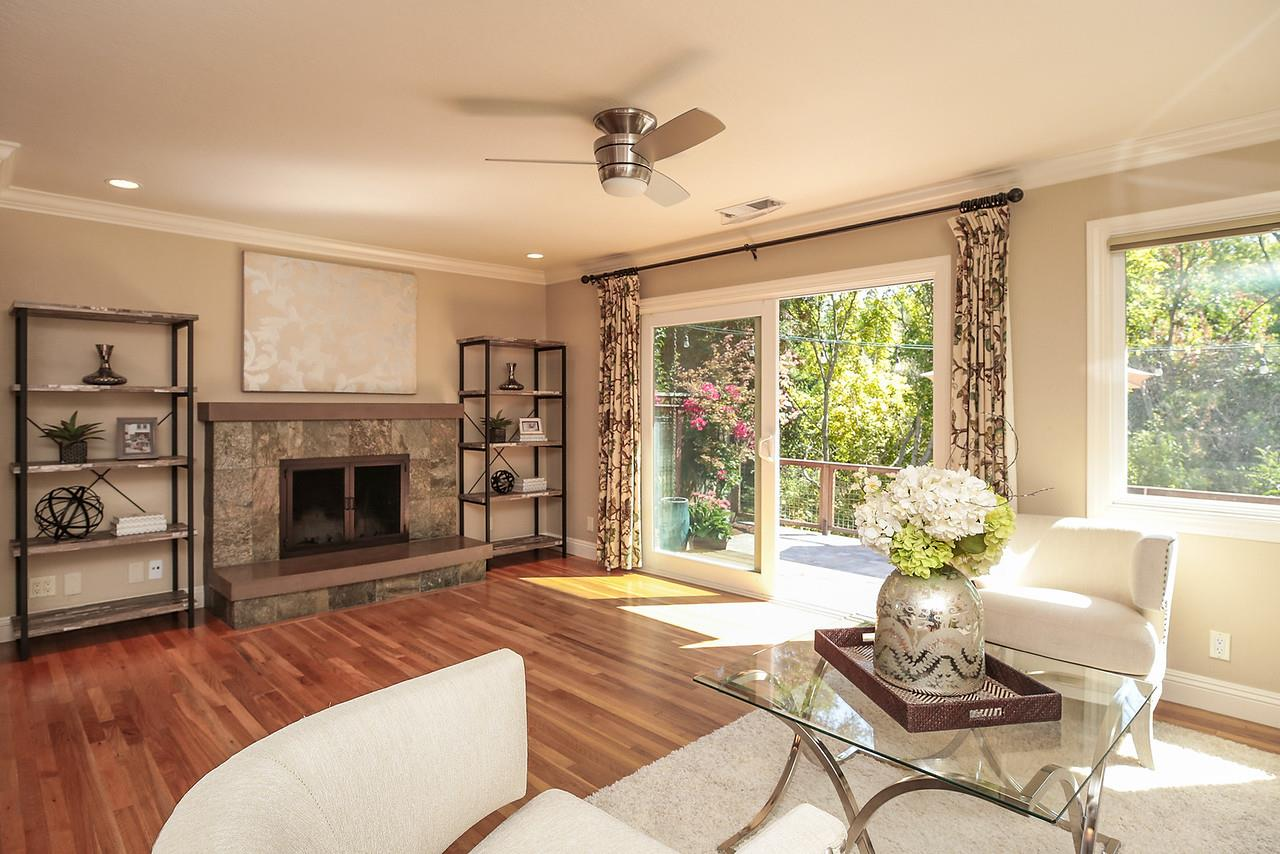 Additional photo for property listing at 1666 Creek Drive  San Jose, California 95125 United States