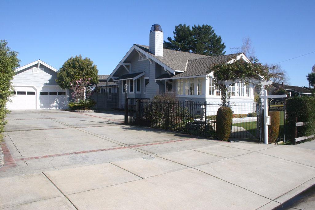 Single Family Home for Rent at 19281 Prospect Road San Jose, California 95129 United States