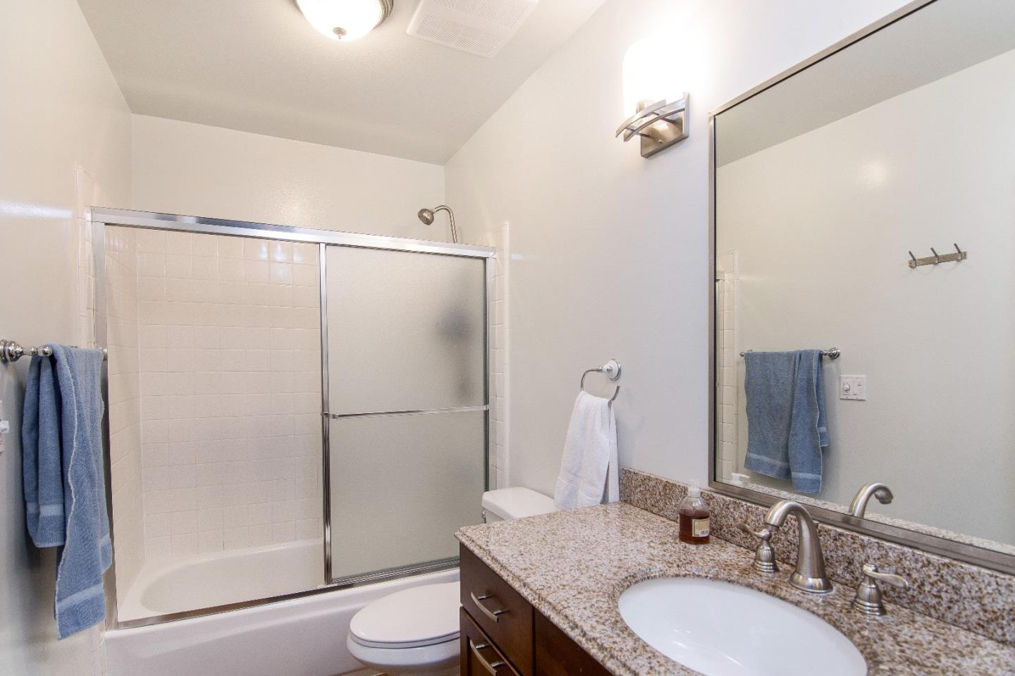 Additional photo for property listing at 640 W Sunnyoaks Avenue  Campbell, Californie 95008 États-Unis