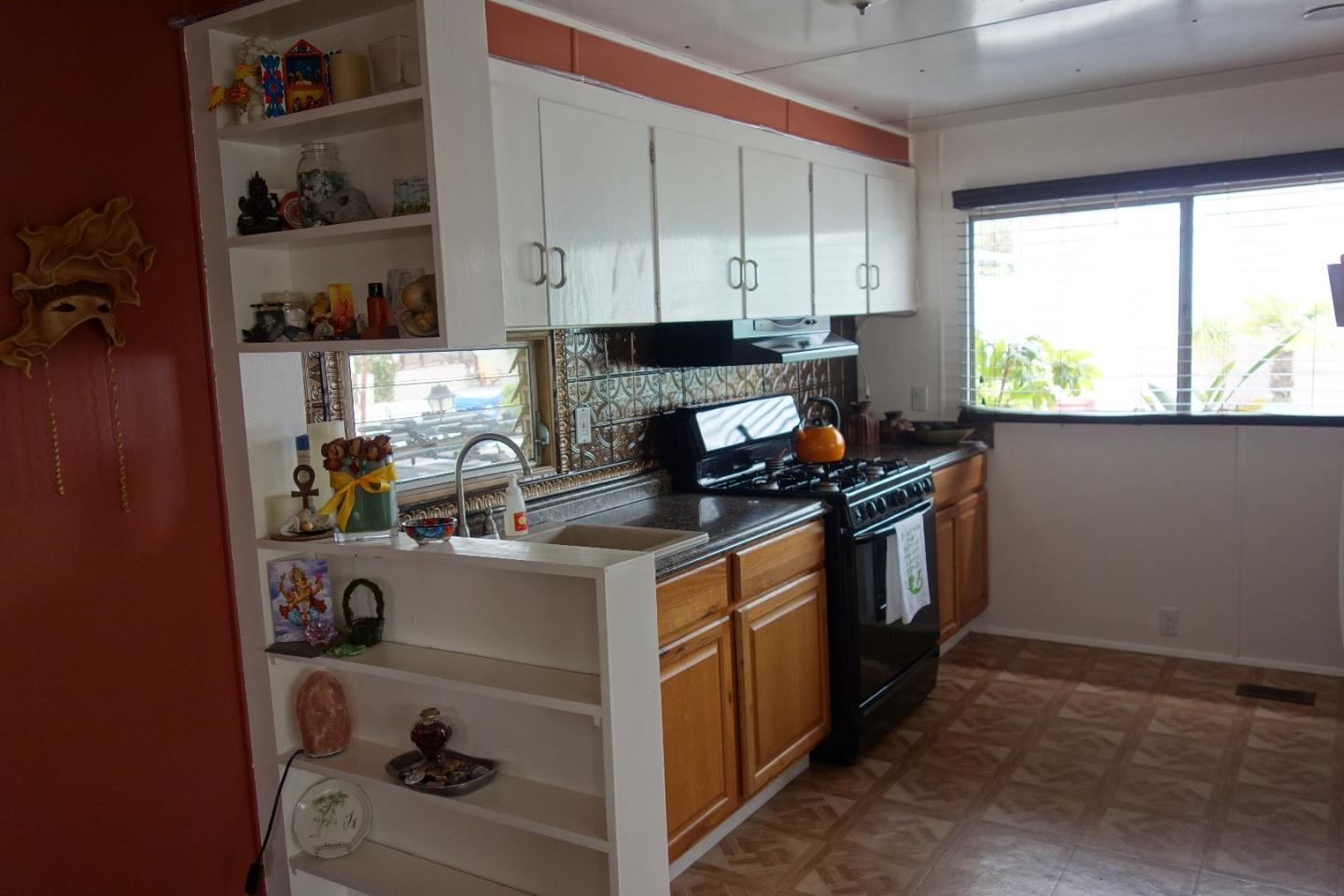 Additional photo for property listing at 925 38th  Santa Cruz, Kalifornien 95062 Vereinigte Staaten