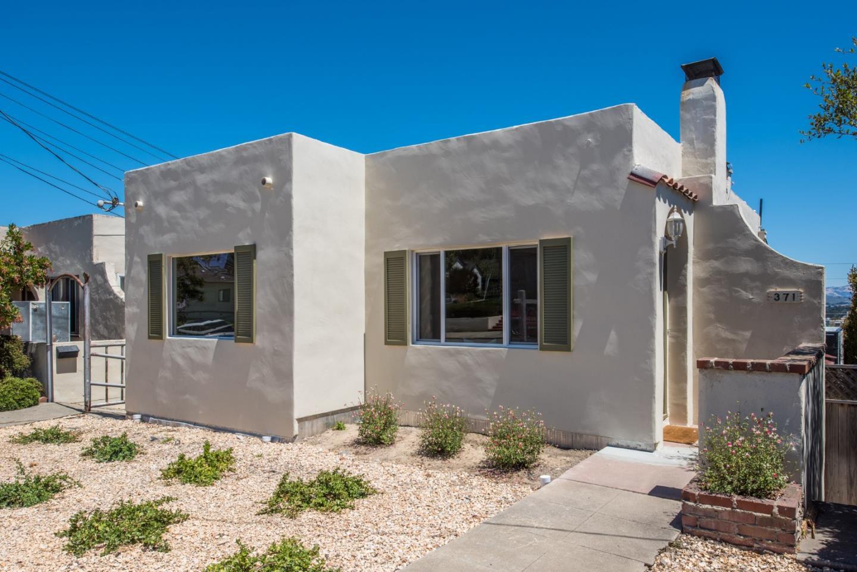 獨棟家庭住宅 為 出售 在 371 Monroe Street Monterey, 加利福尼亞州 93940 美國