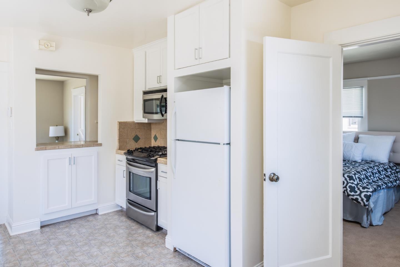 Additional photo for property listing at 371 Monroe Street  Monterey, 加利福尼亞州 93940 美國