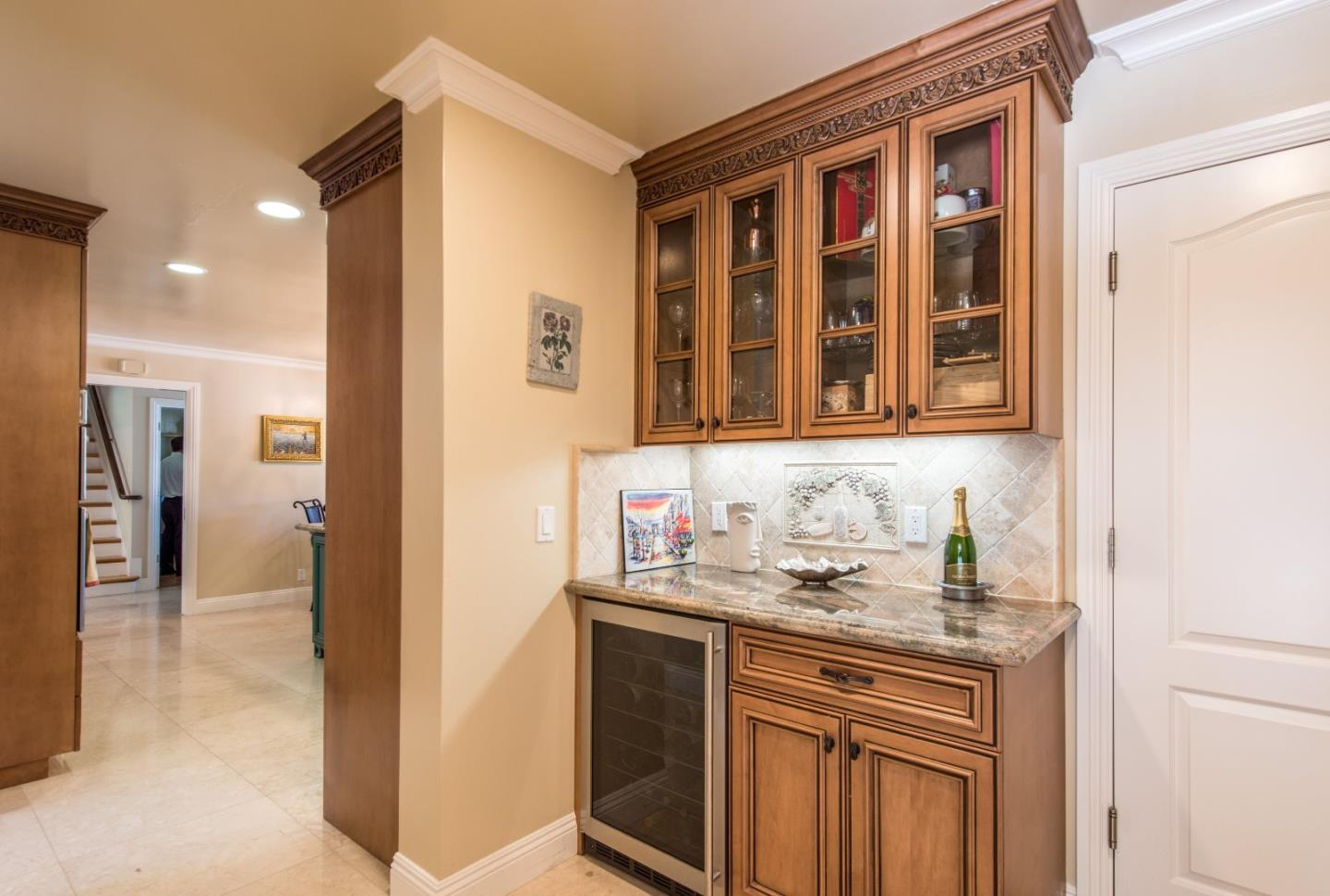 Additional photo for property listing at 19528 MILLER Court  Saratoga, Californie 95070 États-Unis